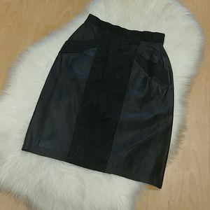VTG-Winlet Black Leather Skirt